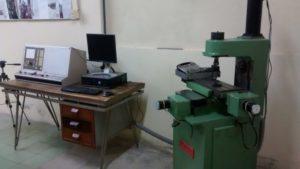 Fresadora con control CNC